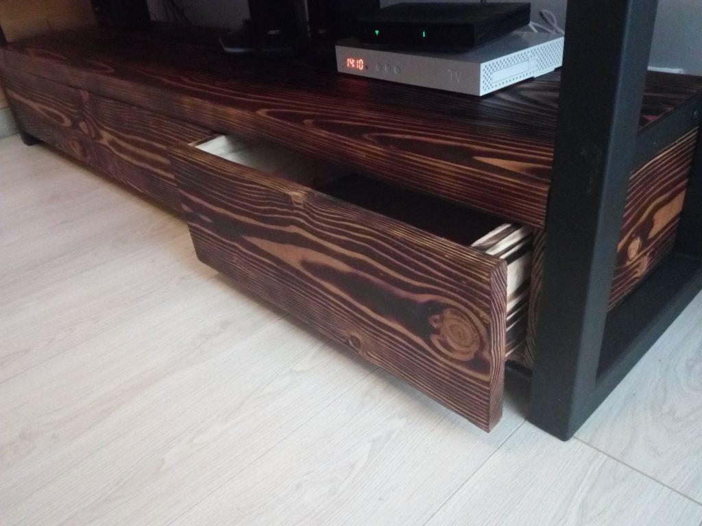 meuble bois brul bois brule meuble with meuble bois brul great lambris d vieux bois brul au. Black Bedroom Furniture Sets. Home Design Ideas